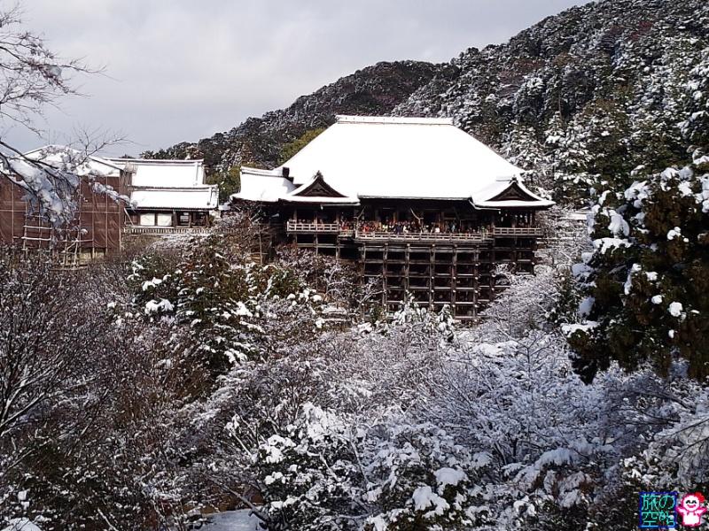 きょうの雪(清水寺)