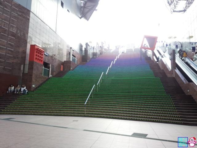 京都駅ビル大階段駆け上がり大会会場。