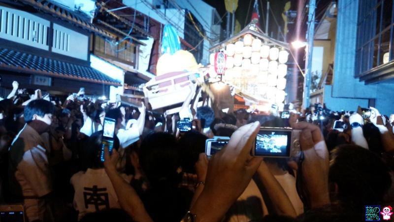きょうの祇園祭(宵山最終日、鷹山のお囃子、暴れ観音)